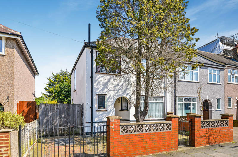 3 Bedrooms End Of Terrace House for sale in Gerda Road, London, SE9 3SW