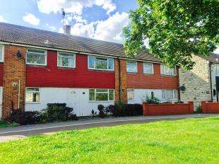 3 Bedrooms Terraced House for sale in Brookfield Road, Ashford, Kent, .