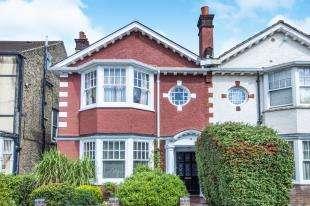 5 Bedrooms Semi Detached House for sale in Woodstock Road, Croydon, Surrey, .
