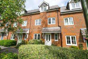 3 Bedrooms Terraced House for sale in Toronto Road, Petworth, West Sussex