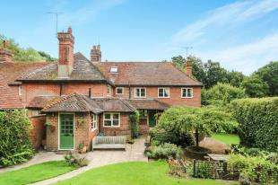 5 Bedrooms End Of Terrace House for sale in The Common, Carron Lane, Midhurst, West Sussex