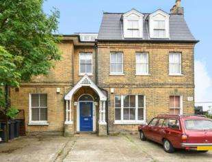 House for sale in Croydon Road, London