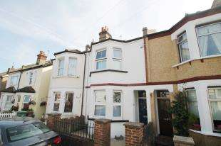 3 Bedrooms Terraced House for sale in Belmont Road, Sutton