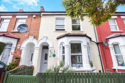 3 Bedrooms Terraced House for sale in Seymour Avenue, London