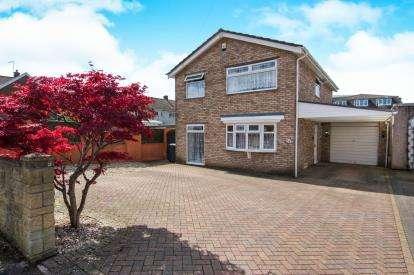 3 Bedrooms Detached House for sale in Blenheim Drive, Filton, Bristol