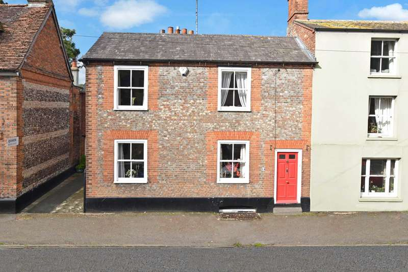 3 Bedrooms Semi Detached House for sale in Castle Street, Wallingford