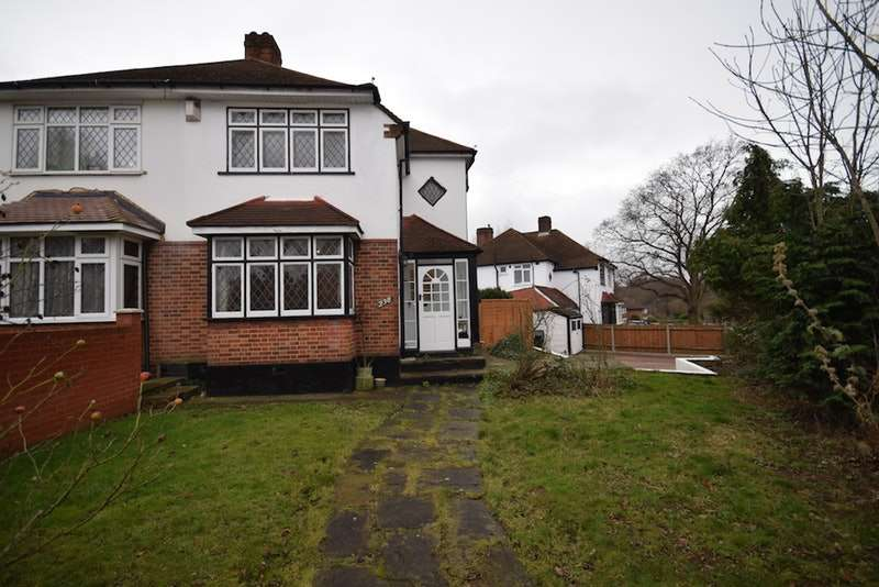 3 Bedrooms Semi Detached House for sale in Elmstead Lane, Chislehurst, Kent, BR7