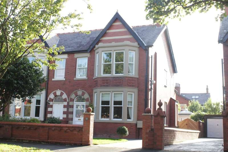 4 Bedrooms Semi Detached House for sale in Riversleigh Avenue, Lytham St. Annes, Lancashire, FY8
