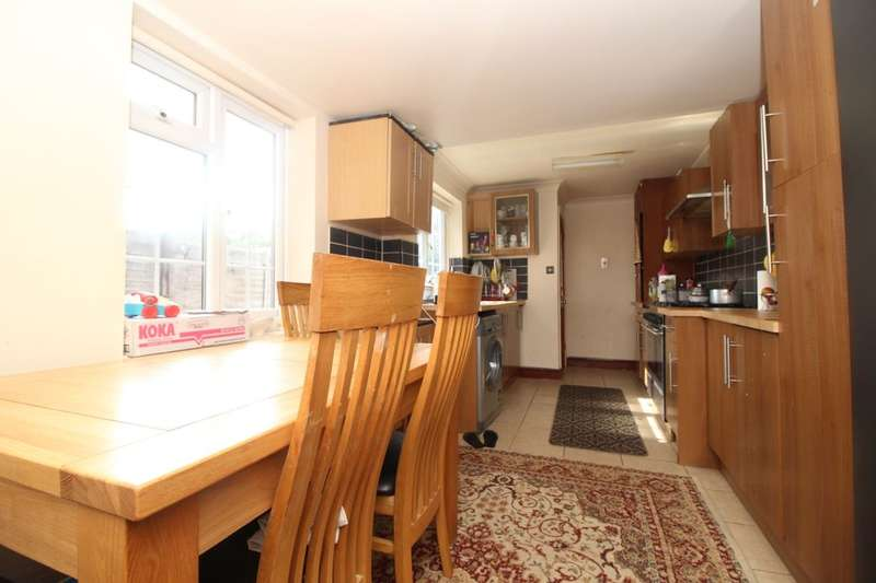 3 Bedrooms Detached House for sale in Park Road, Southampton, SO15