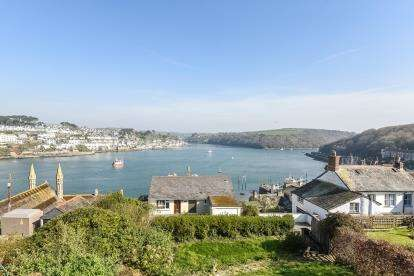 4 Bedrooms Semi Detached House for sale in Polruan, Fowey, Cornwall