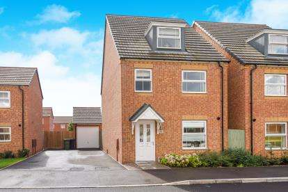 4 Bedrooms Detached House for sale in Northumberland Way, Walsall, West Midlands, .