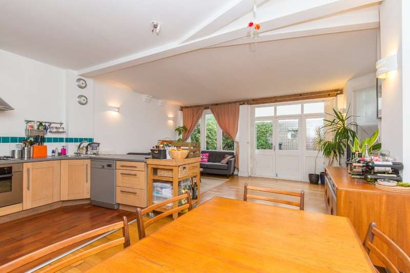 3 Bedrooms Detached House for sale in Port Hall Street, Brighton, BN1 5PJ