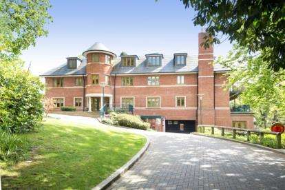 3 Bedrooms Flat for sale in Keston Waterside Apartments, 9 Croydon Road, Keston