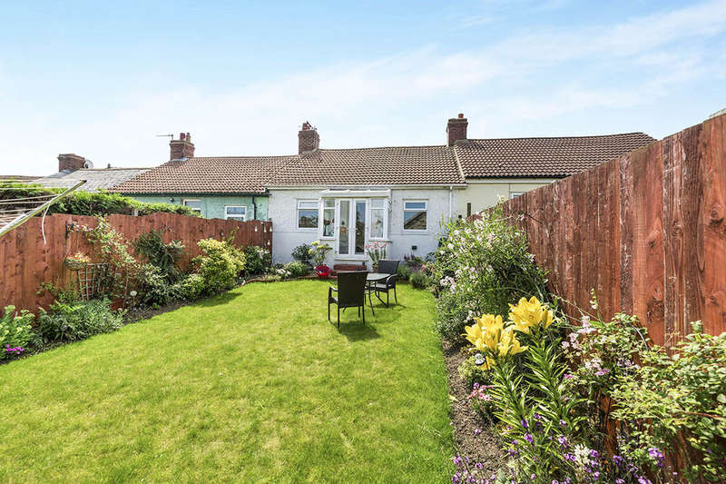 3 Bedrooms Bungalow for sale in First Street Bradley Bungalows, Consett, DH8
