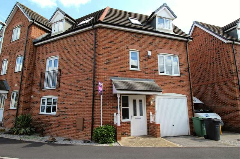 3 Bedrooms Terraced House for sale in Westfield Street, Heckmondwike, WF16