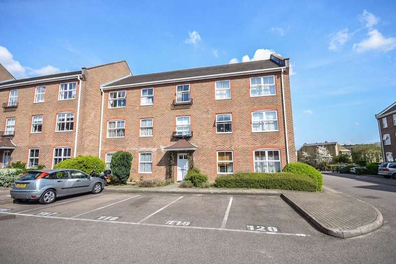 Flat for sale in Paxton Road, London, SE23
