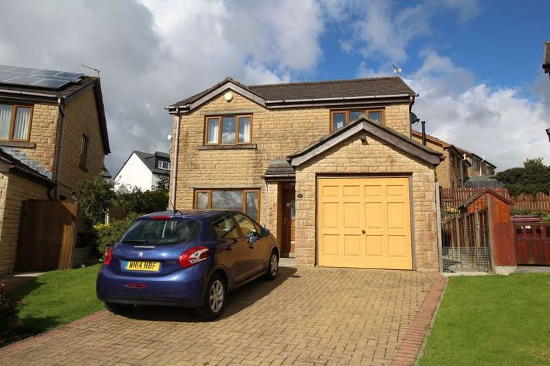 4 Bedrooms Detached House for sale in Hartlands Close, Burnley, BB10