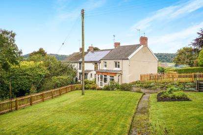 3 Bedrooms End Of Terrace House for sale in Forthay, North Nibley, Dursley, Gloucestershire
