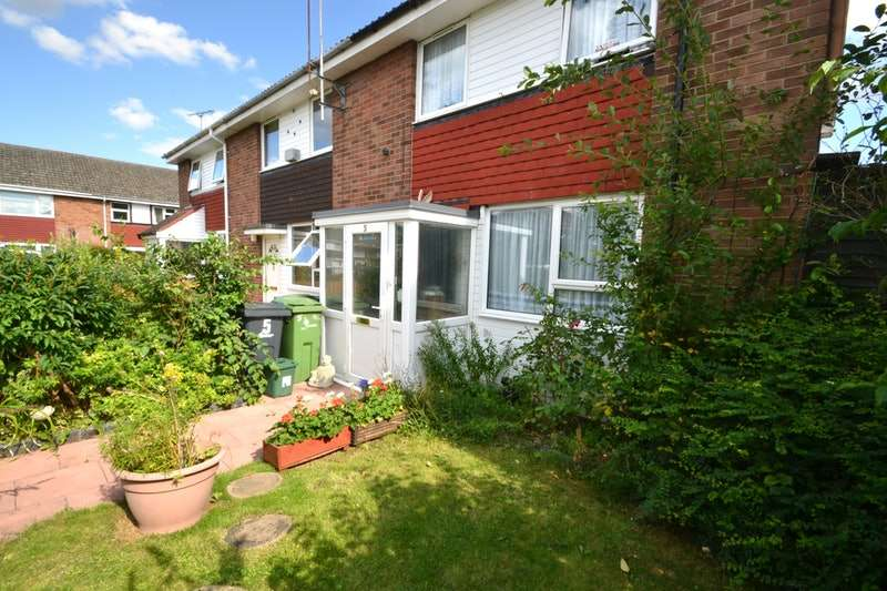 3 Bedrooms Semi Detached House for sale in Alan Road, Witham, Essex, CM8