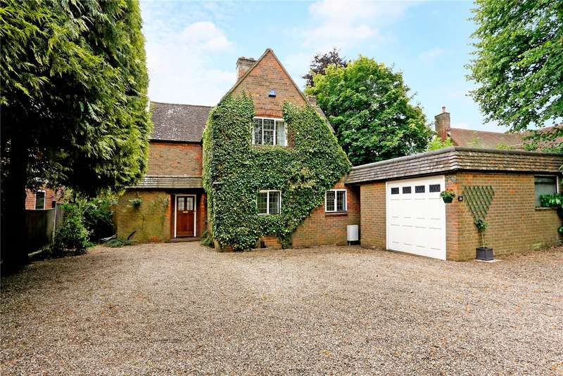 4 Bedrooms Detached House for sale in Ledborough Lane, Beaconsfield, Buckinghamshire, HP9