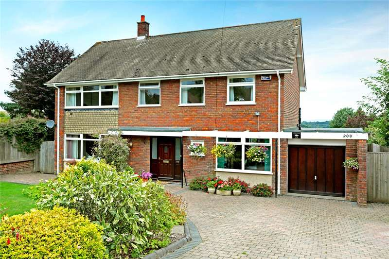 4 Bedrooms Detached House for sale in Forest Road, Tunbridge Wells, Kent, TN2