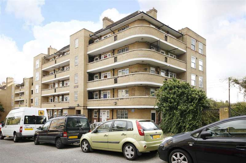 2 Bedrooms Apartment Flat for sale in Deloraine House, Tanners Hill, Deptford