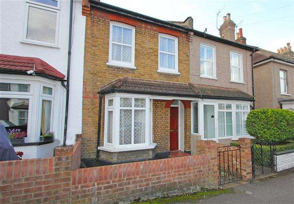3 Bedrooms Terraced House for sale in Newark Road, South Croydon