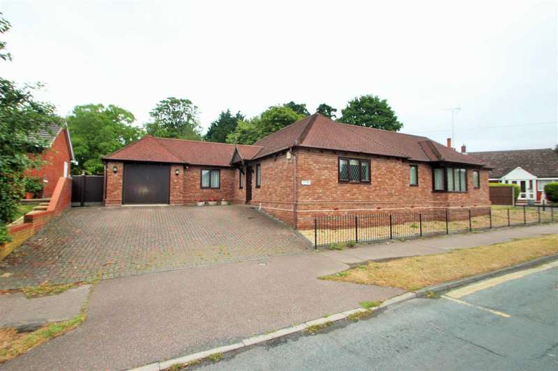 2 Bedrooms Bungalow for sale in Braiswick, Colchester