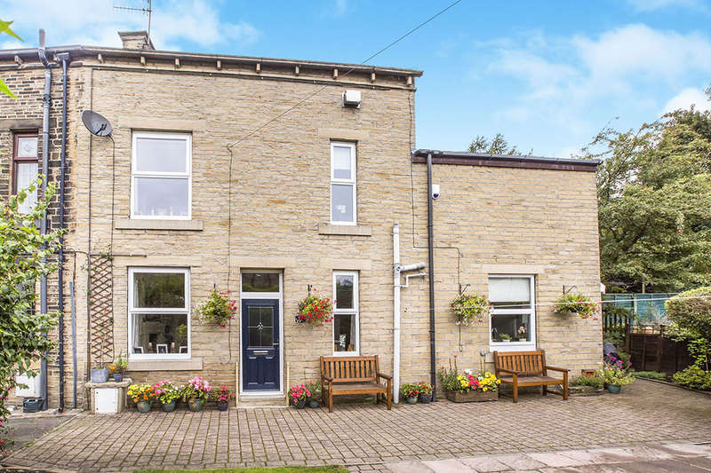 3 Bedrooms Terraced House for sale in Hobart Buildings, Hawksclough, Hebden Bridge, HX7