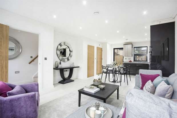 3 Bedrooms Terraced House for sale in Gunnersbury Lane, Acton