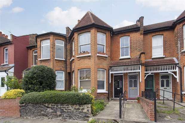 2 Bedrooms Flat for sale in North View Road, Hornsey, N8