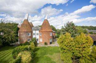 5 Bedrooms House for sale in Manor Farm, Laddingford, Maidstone, Kent