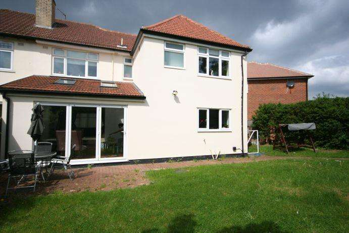 5 Bedrooms Semi Detached House for sale in The Leys, Kenton HA3 9SP