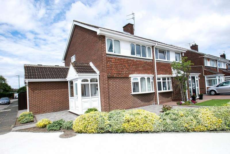 3 Bedrooms Semi Detached House for sale in Sorrel Gardens, South Shields