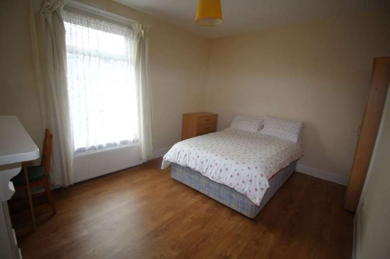 3 Bedrooms Property for rent in Aylesbury Road, Portsmouth, PO2