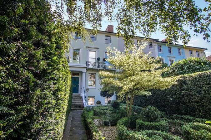5 Bedrooms Terraced House for sale in Heathfield Terrace, Chiswick