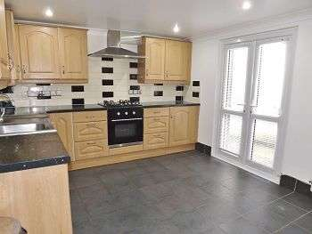 4 Bedrooms House for sale in Bellevue terrace, Southsea, Hampshire, PO5 3AT