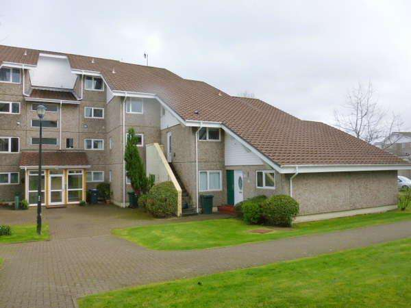 2 Bedrooms Maisonette Flat for sale in 43 Fairhaven, Kirn, Dunoon, PA23 8NR
