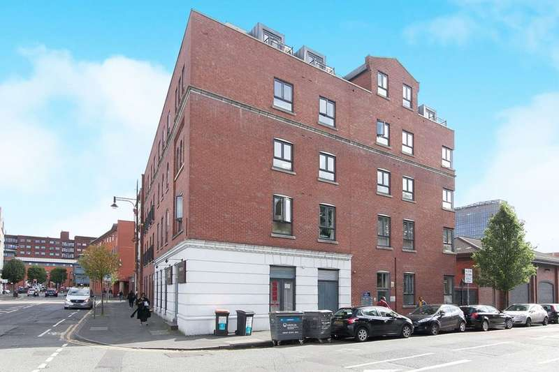2 Bedrooms Flat for sale in The Old Bank, 71 Boundary Lane, Manchester, M15