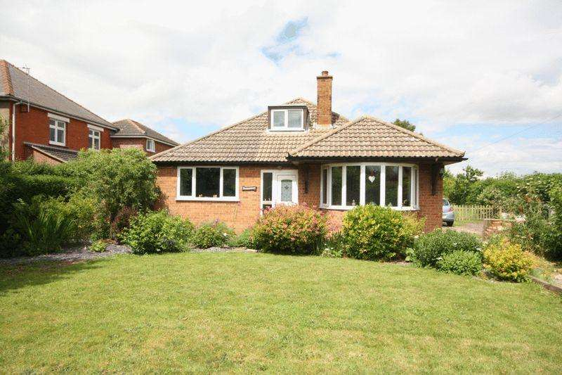 4 Bedrooms Detached Bungalow for sale in CONISHOLME ROAD, NORTH SOMERCOTES