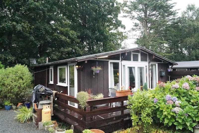 3 Bedrooms Chalet House for sale in Penarwel Chalet, Llanbedrog