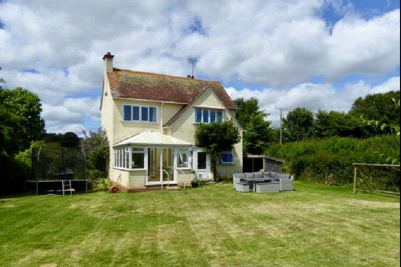 3 Bedrooms Detached House for sale in BEHIND HAYES, OTTERTON, NR EXETER, DEVON