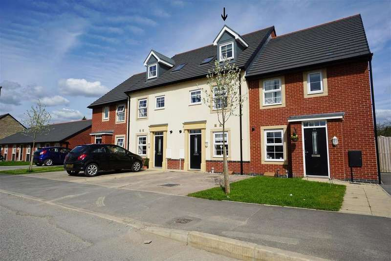 4 Bedrooms Town House for sale in Lune Road, Clitheroe