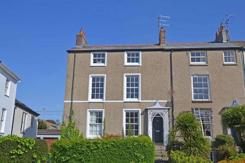 3 Bedrooms Maisonette Flat for sale in Penzance, West Cornwall, TR18