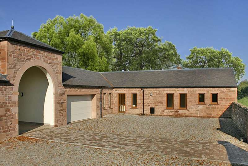 4 Bedrooms Semi Detached Bungalow for sale in Netherton, Brampton