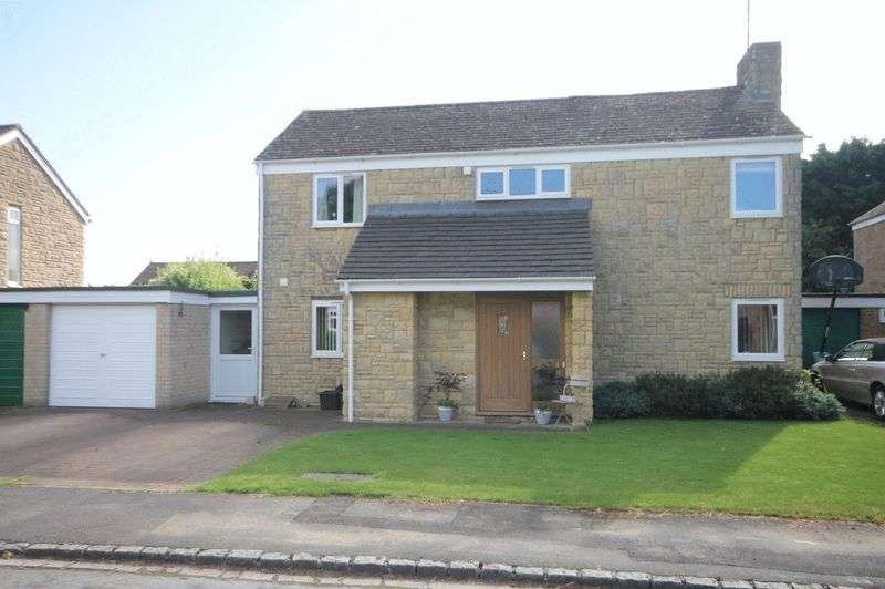 4 Bedrooms Property for sale in Glovers Close, Woodstock