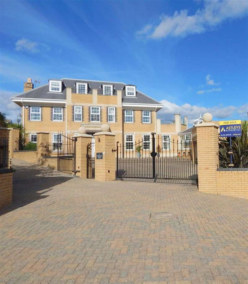 6 Bedrooms Detached House for sale in Channel View, Langland,