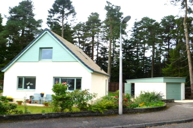 3 Bedrooms Detached House for sale in Orchil Crescent, Auchterarder, PH3