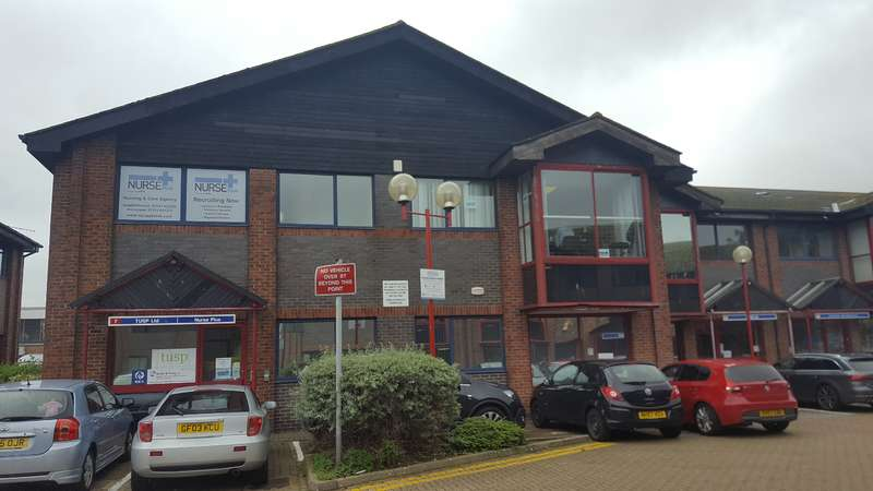 Office Commercial for rent in First Floor UNIT 7 HIGHPOINT BUSINESS VILLAGE, Henwood Industrial Estate, Ashford