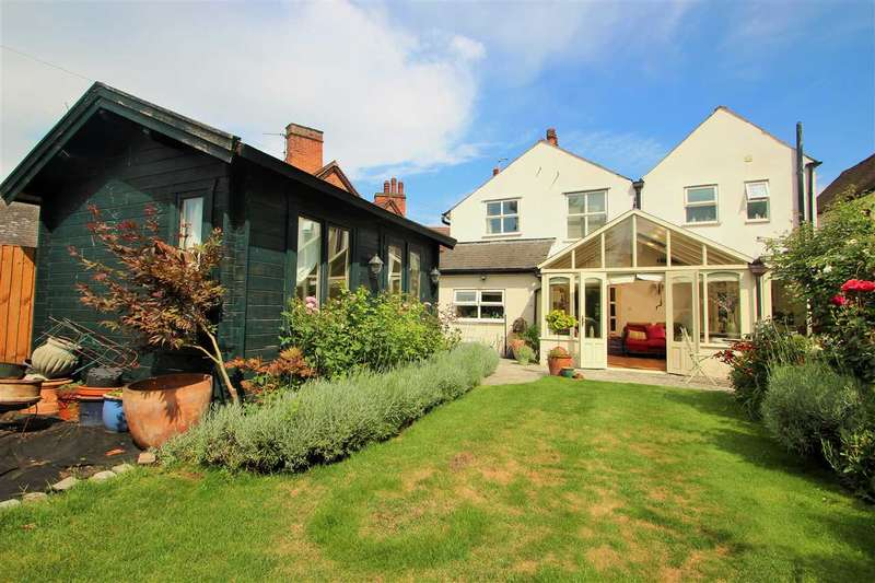 4 Bedrooms Detached House for sale in West Stockwell Street, Colchester